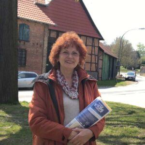 Heike Spieker unterstützt Dirk Fornahl als Bürgermeister für die Samtgemeinde Baddeckenstedt